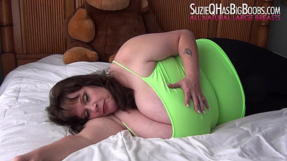 Suzie Bed Time Tit Sucks