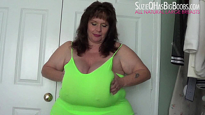 Suzie Q Big Boobs Shaking