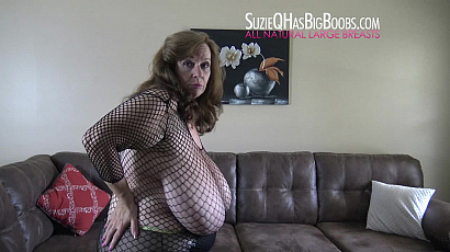 Suzie Smoking Sexy Milf