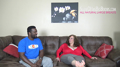 Suzie Smothers Fan with Huge Boobs