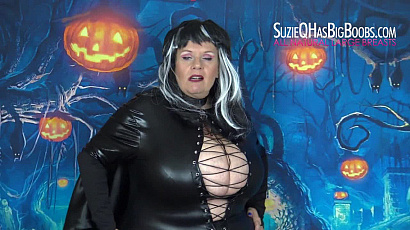 Suzie 44K Big Boobs Vampire