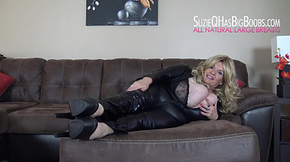 Suzie Busty Milf in Leather