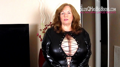 Suzie 44K Cleavage and Dirty Talk