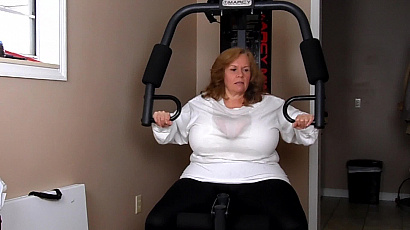 Suzie 44K Big Tits Workout