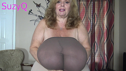 Suzie 44K Tits and Pantyhose