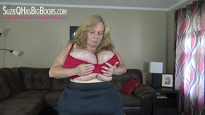 Suzie BBW Beauty Huge Boobs Swinging