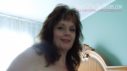 Suzie 44K Bra and Nipple Play
