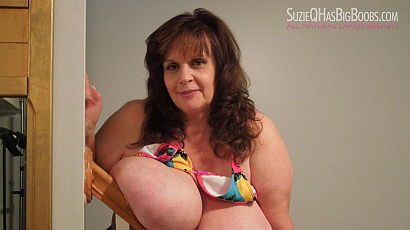 Suzie Big Breasts Hanging