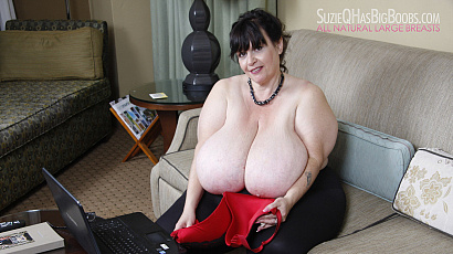 Suzie BBW Horny at Home
