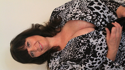 Suzie Giant Breasts Beauty