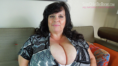 Suzie 44K Bombastic Big Boobs