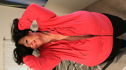 Suzie 44K Milf in Bed for You