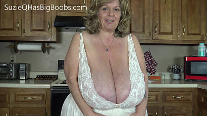 Suzie Deep Cleavage in the Kitchen