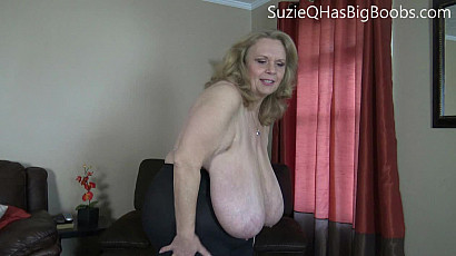 Suzie 44K Jiggle Butt and Fat Tits