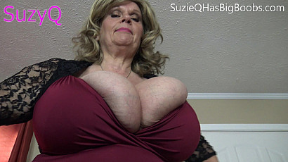 Suzie BBW Cleavage Queen