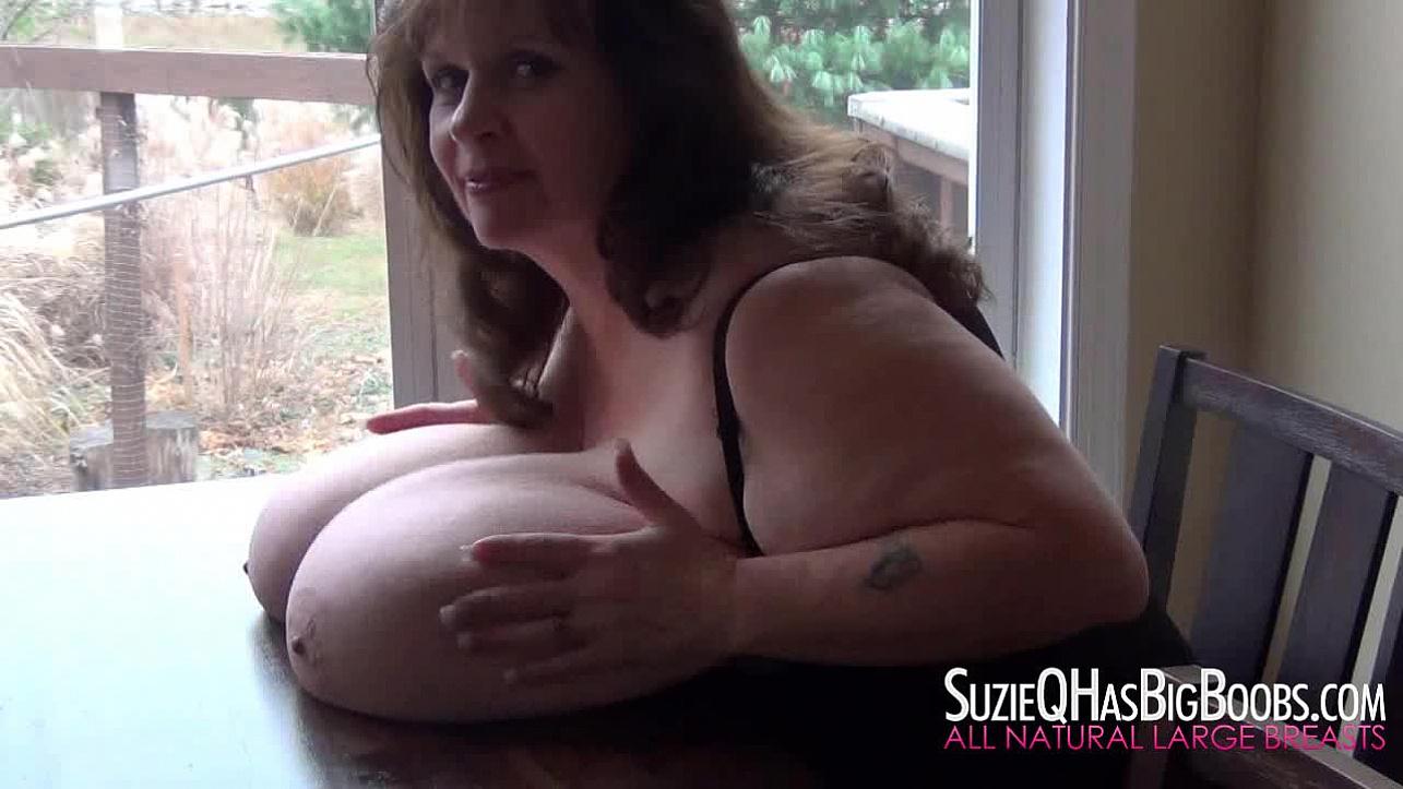 Suzie Q Has Big Boobs | Suzie Table Top Huge Boobs